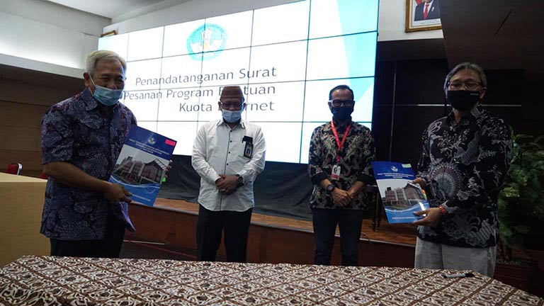Bantuan Kuota Internet 3 Indonesia